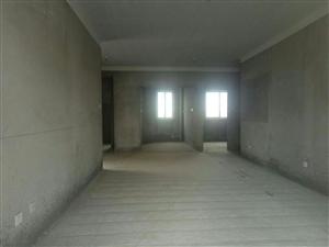 天筑・七彩城三室送个书房,首付三十万。