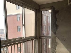 翰林华府4室 2厅 2卫70万元