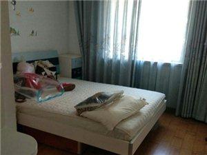 金泰家园3室 2厅 1卫175万元