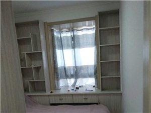 同济万象城精装修拎包入住,家具家电齐全。