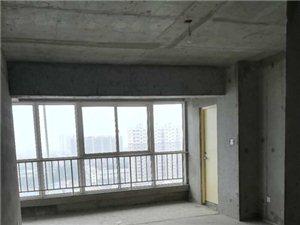 凤凰城小区3室 2厅 2卫40.5万元