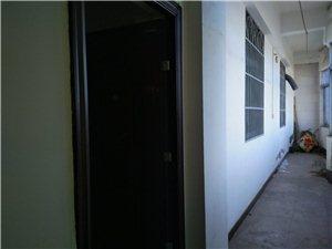 军屯市场单位房3室 2厅 1卫 41万 130平