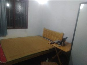 玉林街2号3室 1厅 1卫500元/月