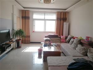 颐和村小区3室 2厅 1卫28万元