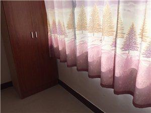 兴荣公寓双气带具家电多套房