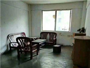 龙凤都城3室 2厅 2卫38万元