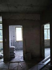 潮水小区3室 1厅 1卫13.8万元