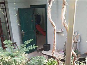 长阳广场小区4室 2厅 2卫105万元优价出售