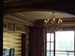 花灯广场4室 2厅 2卫精装关门卖79万元