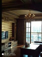 花灯广场4室 2厅 2卫精装关门卖75万元