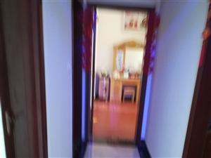 辰龙花园3室 2厅 2卫57.8万元