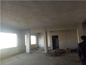 融家地产:明珠大酒店旁4室2厅2卫35.8万