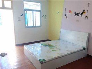 三新村2室 1厅 1卫2300元/月