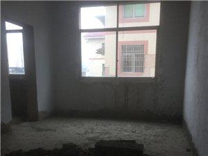 金盆山公寓3室 2厅 2卫51万元