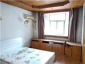 东新南路天宝新寓小区2室 2厅 1卫2400/月