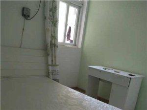 谭桥公寓北园3室 1厅 1卫750元/月