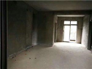 佳华城带两层地下室低价出售带花园