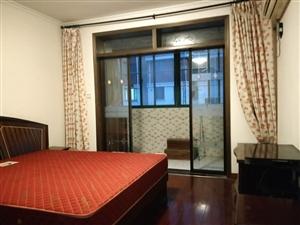 天景山公寓春秀苑3室 1厅 1卫750元/月