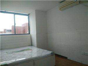 个人出租 电梯房 尚景公寓小区3室中一室 便宜出租
