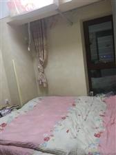 金融街小�^1室 1�d 1�l35�f元
