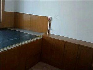 莱阳计量局3室2厅1卫1200元/月