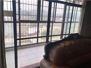 (龙翔广场电梯江景)3室 2厅 2卫只要83.5万