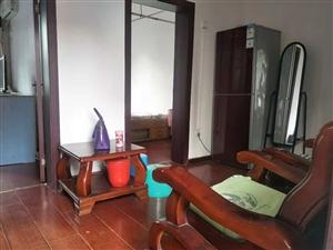 日杂公司5楼2室 2厅 1卫708元/月