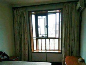 个人出租 东城家园小区3室中一室  精装修