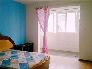 成山公寓小区3室 1厅 1卫900元/月
