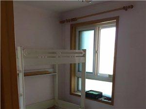 新兴高层3室 2厅 2卫2700元/月