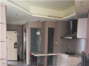 99号公寓1室 1厅 1卫1700元/月