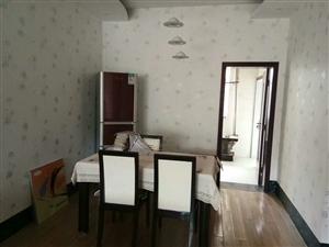 龙腾3室带装修现业主急售132平卖76万。