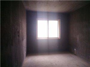 梅溪馨苑4室 2厅 2卫79万元