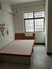 居然之家对面巷子进来1室 0厅 1卫320元/月