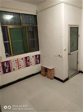东三岔居然之家对面有1室320元三室1000元
