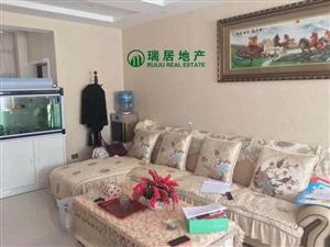 御景湾3室精装修套房房子装修全新带全套一起出售。