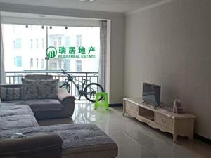龙腾锦城2室稀缺户型套房出售房子干净清爽。
