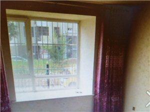 出售华苑东区2室 2厅 1卫85万元
