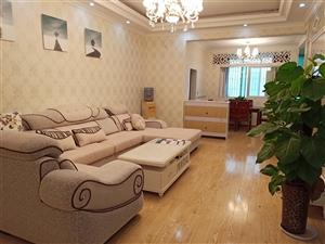 滨河阳光对面精装4楼4室 2厅 2卫62.8万元