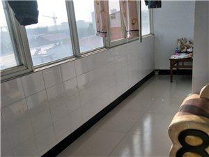 【综合市场】3室 2厅 1卫40万元