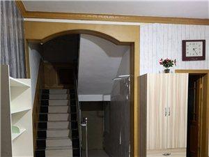 西域花园2室2厅2卫2000元/月