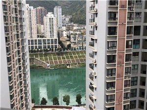 澎湖花园4室 2厅 2卫73.8万元