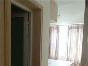 津兰名郡3室步梯,精装修,有房本,可走按揭