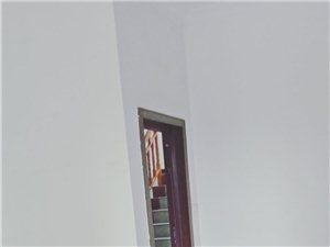 旺角華庭附近3室 2廳 2衛1200元/月