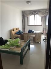育才路中间4室 1厅 1卫600元/月