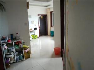 名桂世家  两室两厅一卫 精装修79.8万元
