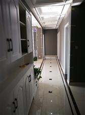 万基名家3室 2厅 2卫72万元