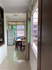 盐井街3室 2厅 1卫28.8万元