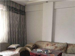 镇雄商业城3室 2厅 2卫1400元/月