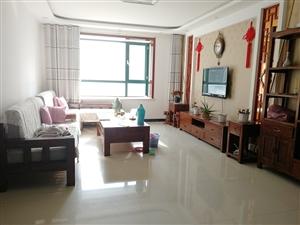 大顺花园6楼3室 精装修1300元/月